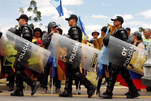 Miembros de la Policía de Ecuador.
