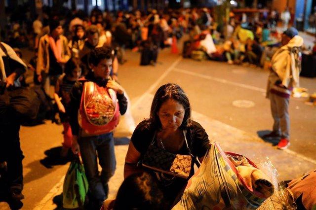 Venezolanos en la frontera entre Perú y Chile