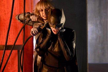 Revelada la villana de Batwoman y su estrecha conexión con Batman