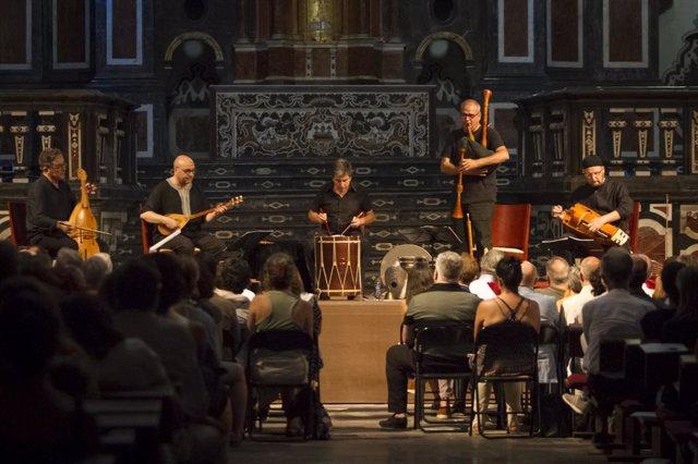 Actuación de la formación musical valenciana Capella de Ministrers