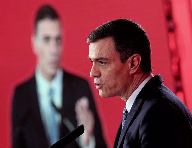 El secretari general del PSOE i president espanyol en funcions, Pedro Sánchez, durant la seva intervenció en l'acte de presentació del programa electoral del seu partit per a les eleccions del 10 de novembre, Madrid (Espanya), 7 d'octubre del 2019.