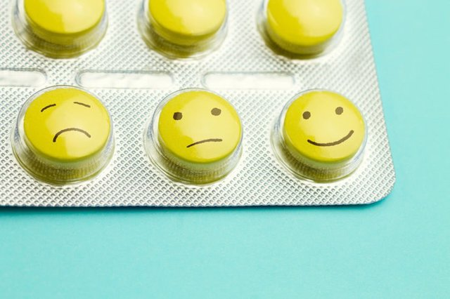 Antidepresivos, pastillas, felicidad