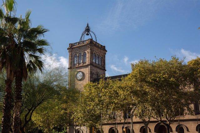 Edifici històric de la Universitat de Barcelona (arxiu)