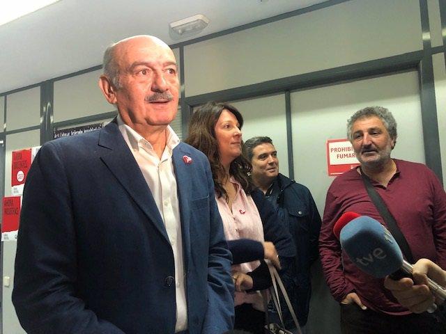 José María Mazón, candidato del PRC al Congreso de los Diputados, se reúne con comité de empresa de Feve-Renfe