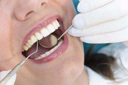 El 23% de los españoles solo acude al dentista en caso de problema agudo