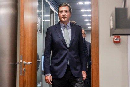"""Garamendi expresa a la industria cerámica que será """"neutral"""" ante la reforma de la CNMC del sistema gasista"""