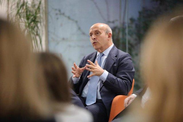 El exministro de Educación José Ignacio Wert en la presentación del libro 'La educación en España. Asignatura pendiente'.