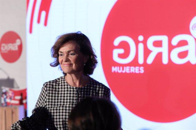 La vicepresidenta del Gobierno y ministra de Igualdad en funciones, Carmen Calvo, interviene durante el acto de entrega de premios GIRA Mujeres, en (Madrid/España) a 8 de octubre de 2019.