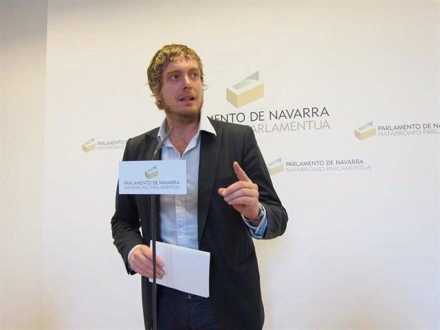 Maiorga Ramirez, parlamentario de EH Bildu y miembro de EA, en el Parlamento de Navarra