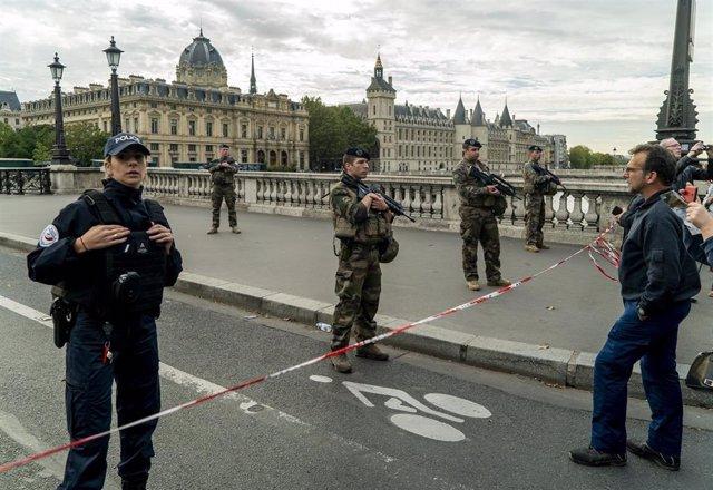 Despliegue tras el ataque en la Prefectura de la Policía en París