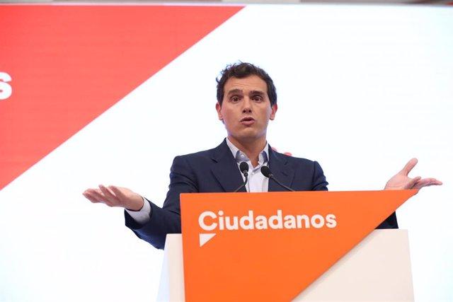 El presidente de Ciudadanos, Albert Rivera, en una rueda de prensa en la sede del partido.