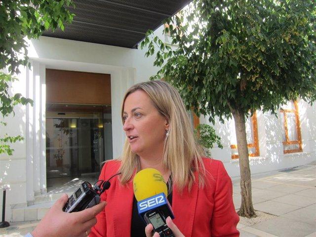 La presidenta de la Asamblea de Extremadura, Blanca Martín.