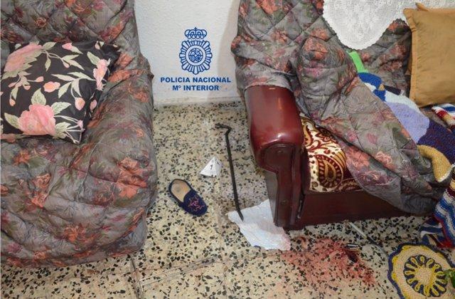 Estado en el que dejaron los dos detenidos el domicilio de la anciana en el barrio de La Asunción (León).