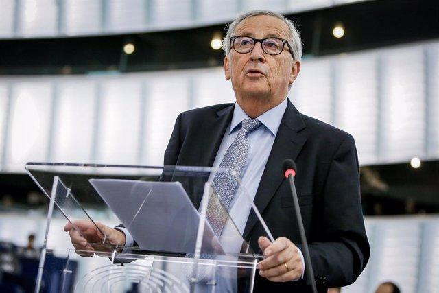Siria.- Juncker insta a Ankara a parar su ofensiva militar en el noreste de Siri