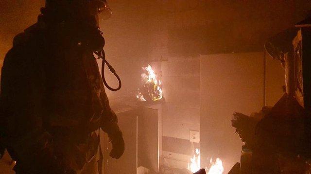 Sucesdos.- Atendida una mujer por crisis de ansiedad tras el incendio de una viv