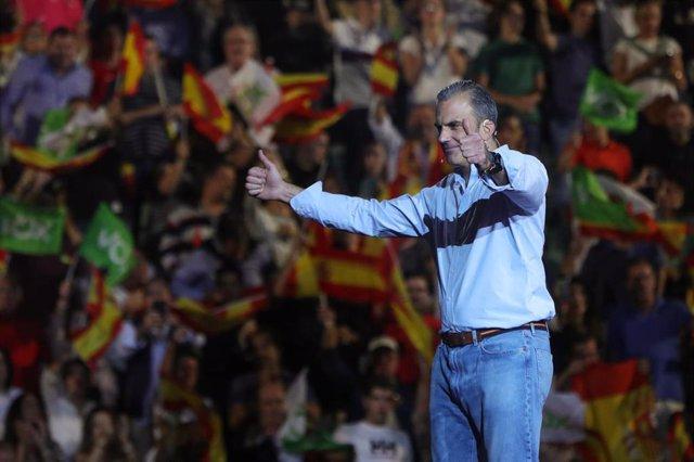 Javier Ortega Smith en el acto de Vox 'Vistalegre Plus Ultra' en Madrid