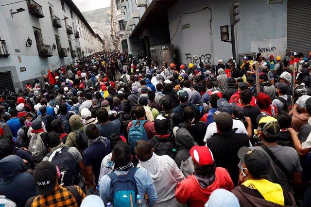 Marcha indígena por Quito contra el Gobierno de Lenín Moreno