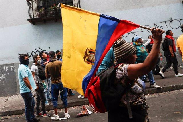Marcha indígena por Quito contra la reforma económica del Gobierno de Lenín Moreno