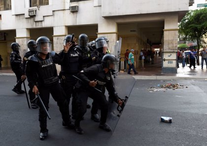 Registrados enfrentamientos entre militares y policías en Guayaquil