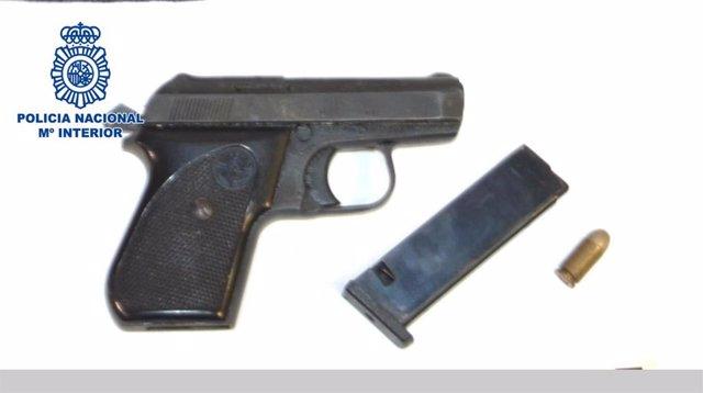 Pistola usada en un intento de atraco en Almería