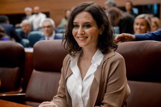 Imagen de recurso de la presidenta de la Comunidad de Madrid, Isabel Díaz Ayuso, durante una sesión plenaria en la Asamblea de Madrid (España), a 3 de octubre.