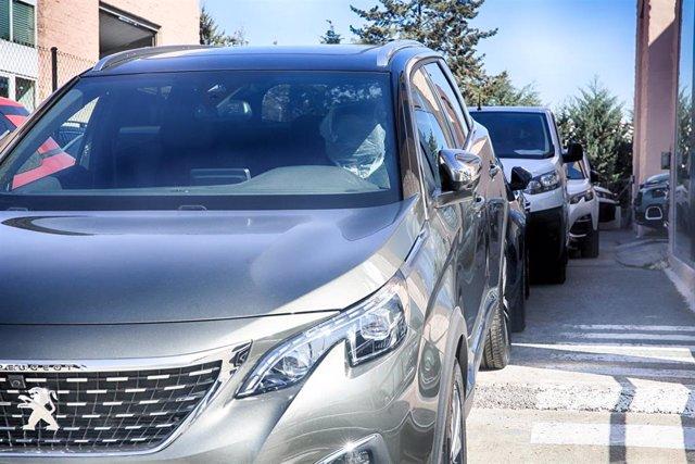 Fotos recursos de coches en concesionarios