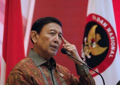 El ministro de Seguridad indonesio, estable tras ser apuñalado por un supuesto islamista