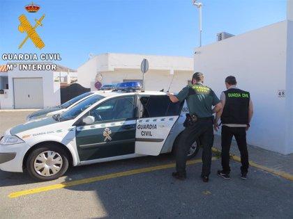 Detenida la madre de un niño de siete años hallado muerto en su vehículo en El Ejido (Almería)