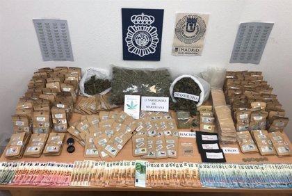 Detenido un dueño de un local en Lavapiés con dos kilos de marihuana que vendía a particulares