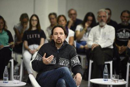 Iglesias pide una eléctrica publica y acabar con las puertas giratorias para luchar contra el cambio climático