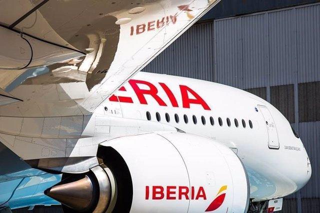 Iberia volará a Santiago de Chile con el A350-900, su avión más sostenible, a pa