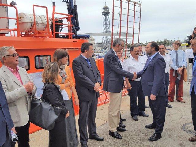 El ministre de Foment, José Luis Ábalos, visita el Saló Nàutic Internacional de Barcelona