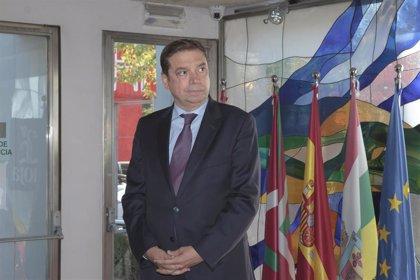 """Planas asegura que el Ministerio """"asumirá la recomendación que haga Rioja en materia de plantaciones"""""""