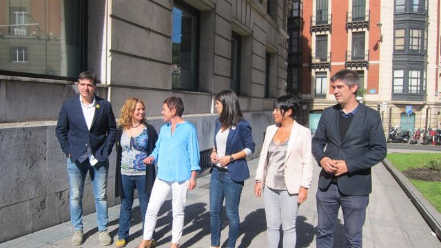 Dirigent de EH Bildu i ERC es reuneixen a Bilbao