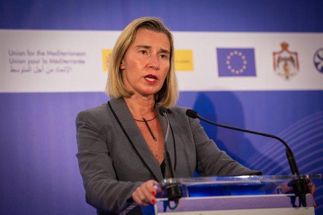 Siria.- Mogherini reclama el cese de la acción militar turca en Siria pero desca
