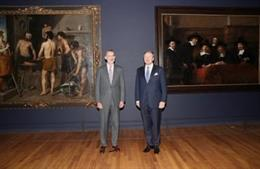 """Felipe VI y Guillermo de los Países Bajos inauguran la muestra """"Rembrandt-Velázq"""