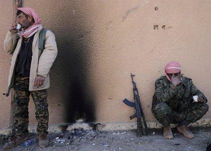"""Siria rechaza un diálogo con las autoridades kurdas y las acusa de """"traicionar"""" al país"""