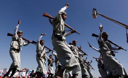 """Los huthis ofrecen al Gobierno de Hadi un intercambio de 2.000 prisioneros """"en una primera fase"""" en Yemen"""