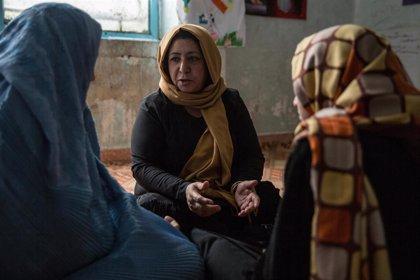 """""""Por encima de mi cadáver"""": La lucha de una madre afgana contra el matrimonio infantil"""