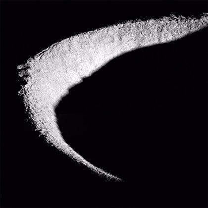 El hielo del polo sur lunar parece tener más de una fuente