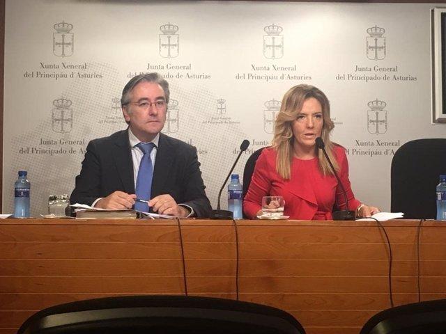 Pablo González y Teresa Mallada
