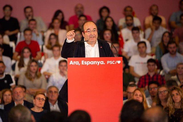El primer secretario del PSC, Miquel Iceta, interviene en un acto político socialista, en Barcelona (Cataluña/España) a 9 de octubre de 2019.