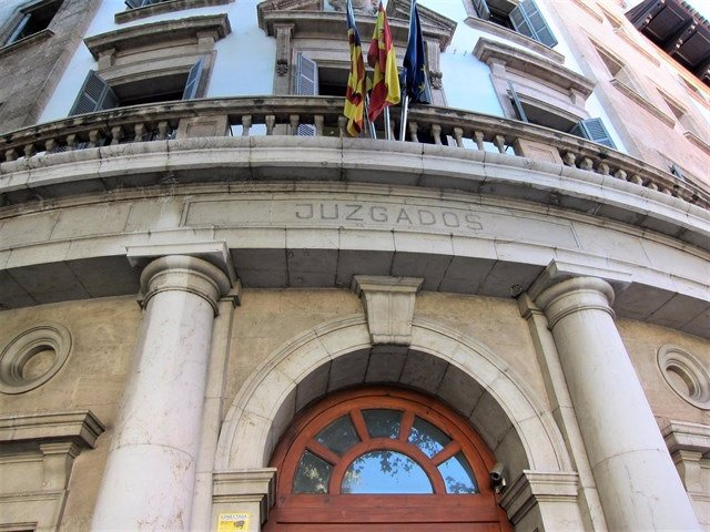 Fachada de los tribunales de la Avenida Alemania de Palma.