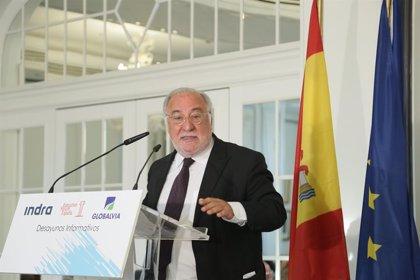 """La DGT reconoce """"frustración"""" con los patinetes y dice que """"sí serían útiles"""" en Madrid-Barajas"""