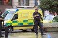 """La Policía confirma cinco personas apuñaladas y un detenido por """"asalto grave"""" en Mánchester"""
