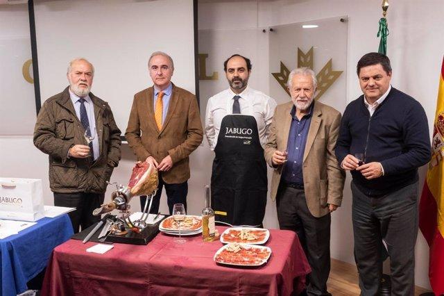 Huelva.- La literatura, el vino y el jamón se unen en la tradicional 'Cata de Li
