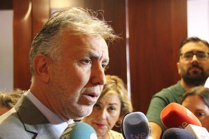 """Torres dice que los 223 millones de las entregas a cuenta son un """"maná magnífico"""" para Canarias"""