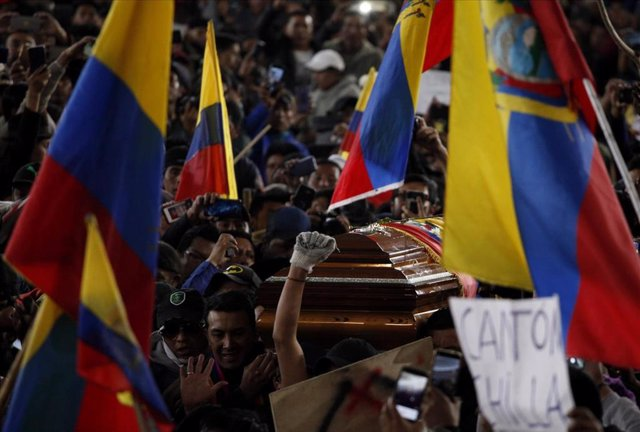 Manifestación en Quito contra la reforma económica del Gobierno de Lenín Moreno