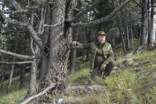 "Siria.- Putin insta ""liberar"" Siria de la ""presencia militar extranjera"""