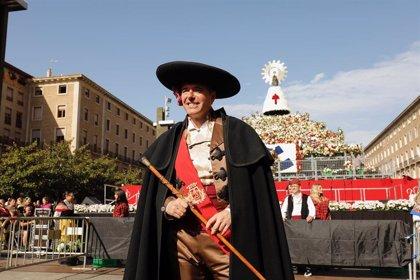 """Azcón afirma que la Ofrenda de Flores a la Virgen del Pilar está funcionando """"mejor que nunca"""""""